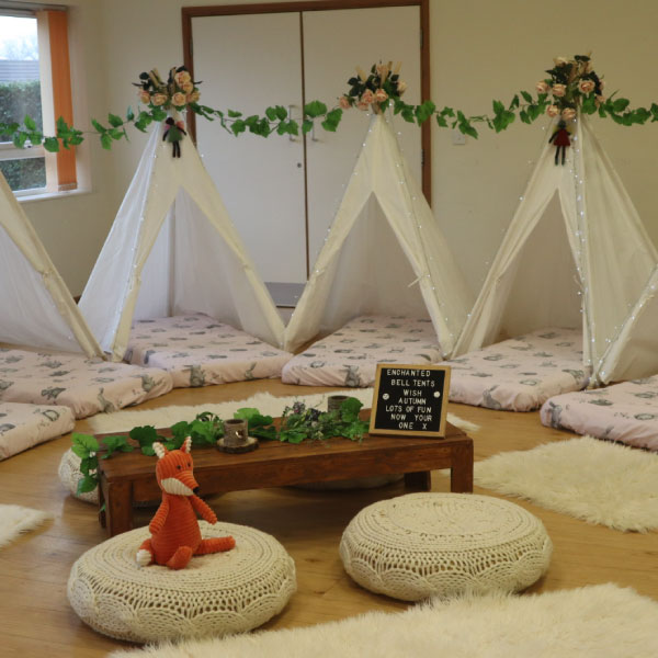 premium selection 07653 581d9 Fully decorated bell tent hire for Glamping private parties