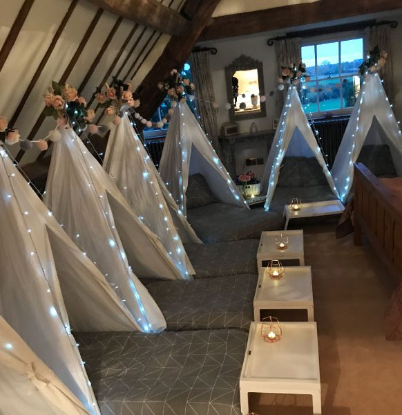 Mini-tipis-sleepover-party-grey